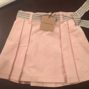 Girls Burberry Pink velour pleated skirt, 2 yr